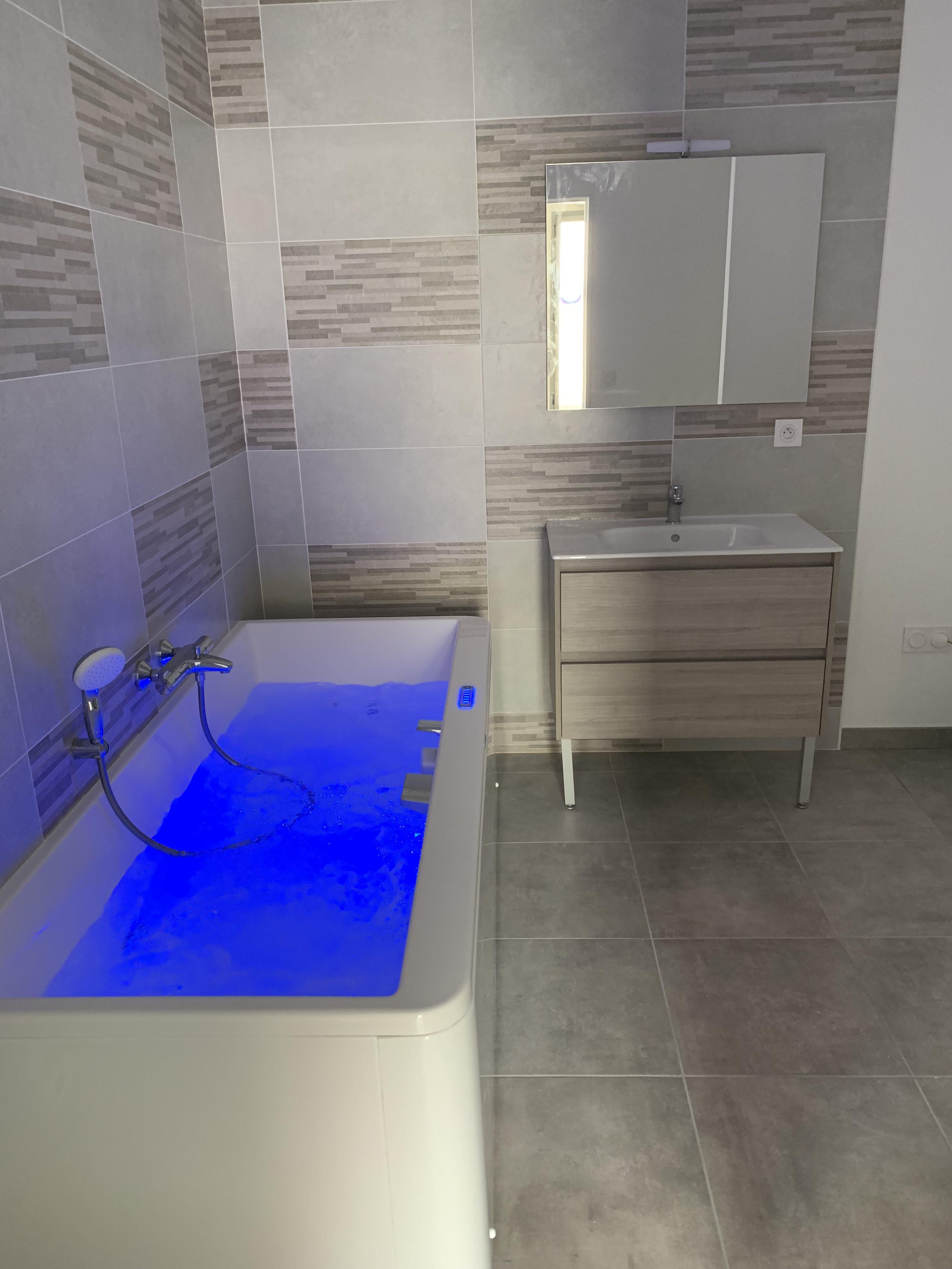 Installateur balnéo et salle de bain Niort 79